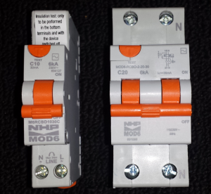 Combination safety switch / circuit breakers